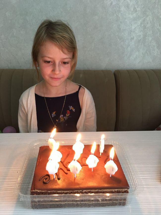 """Судья """"МастерШеф Дети-2"""" и его экс-жена устроили для дочери сказочный день рождения"""