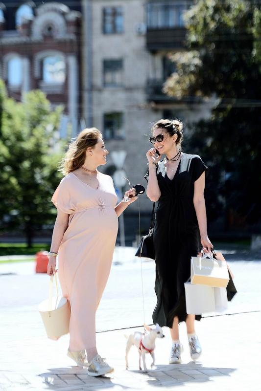 Новые фото беременной Елены Кравец