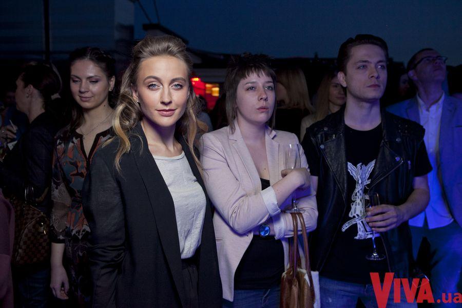 Ева Бушмина на вечеринке Viva!