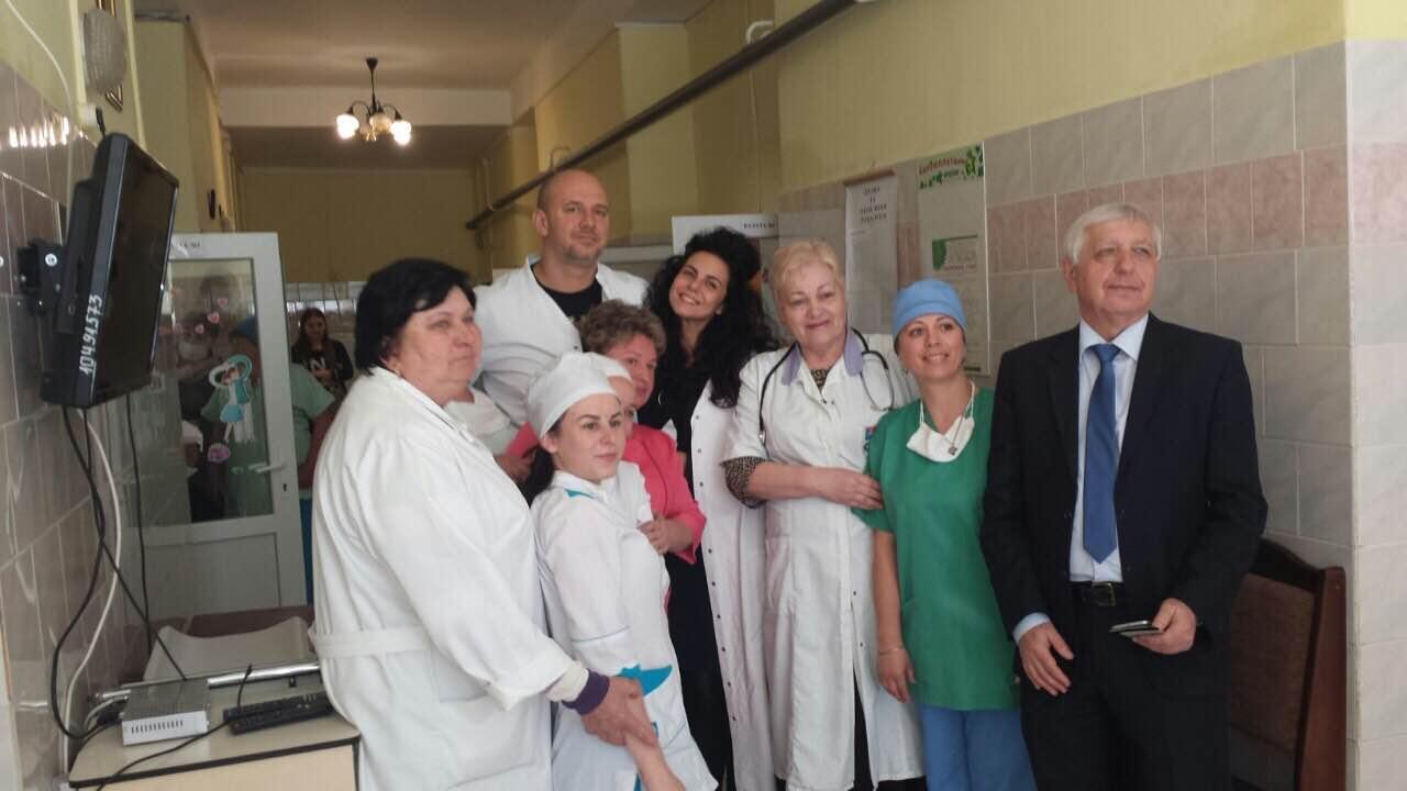 Скандалам вопреки: Потап и Настя поддержали онкобольных детей в Мукачево