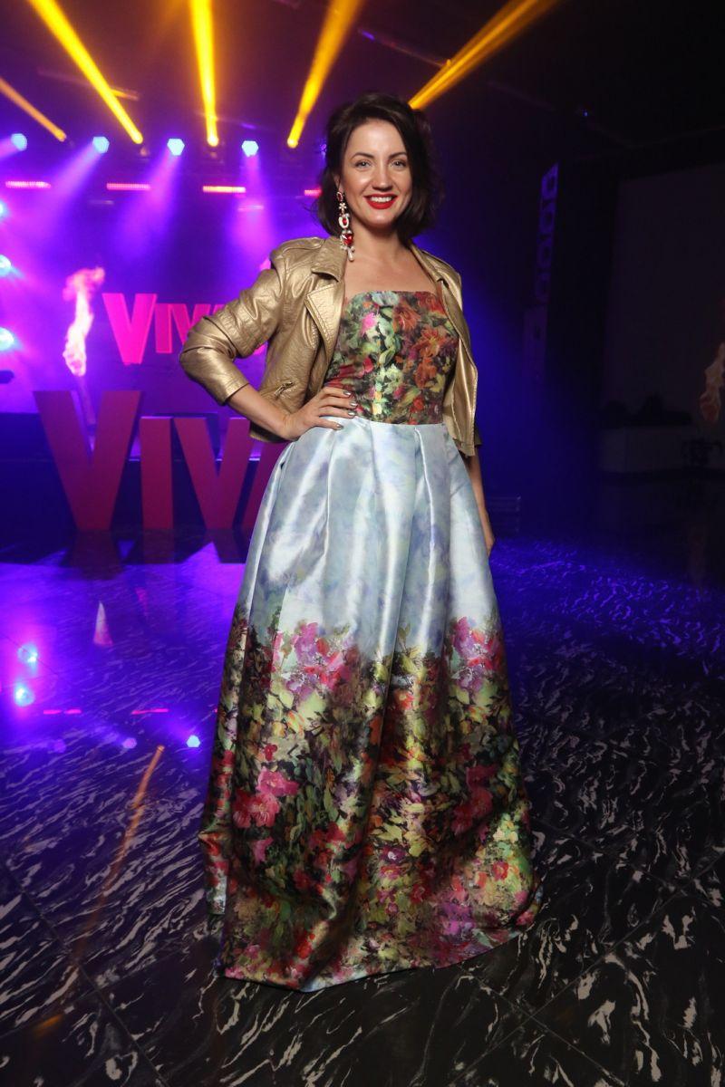 Молодые мамочки на Viva! Бал