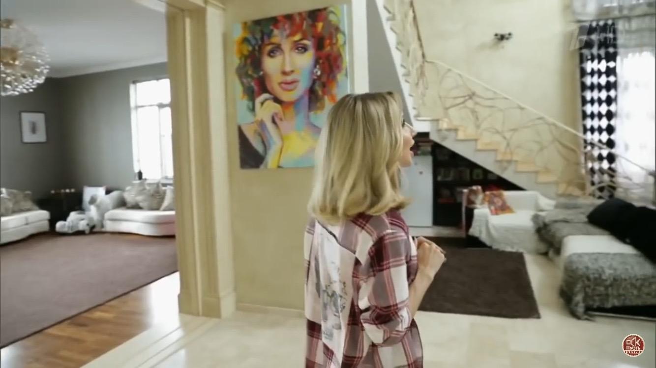 Светлана Лобода показала свой шикарный особняк