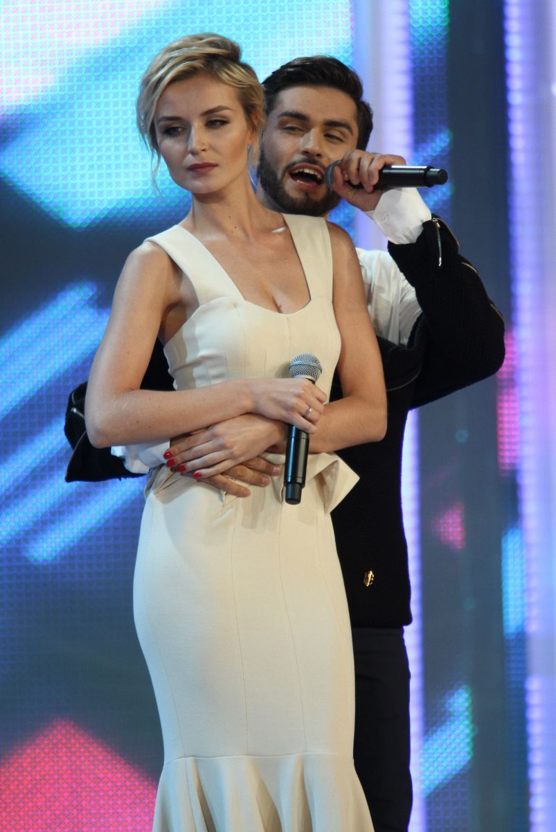 Полина Гагарина сразила наповал элегантным образом