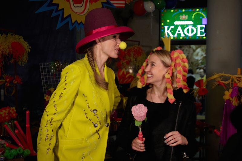 Катя Осадчая и Ева Бушмина на показе Жана Грицфельдта
