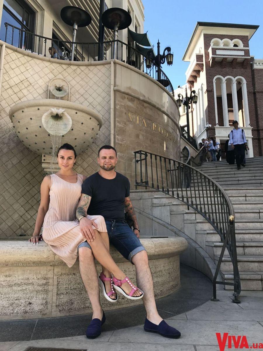 Экс-солистка группы Nikita Нана и Руслан Квинта отдыхают в Лос-Анджелесе