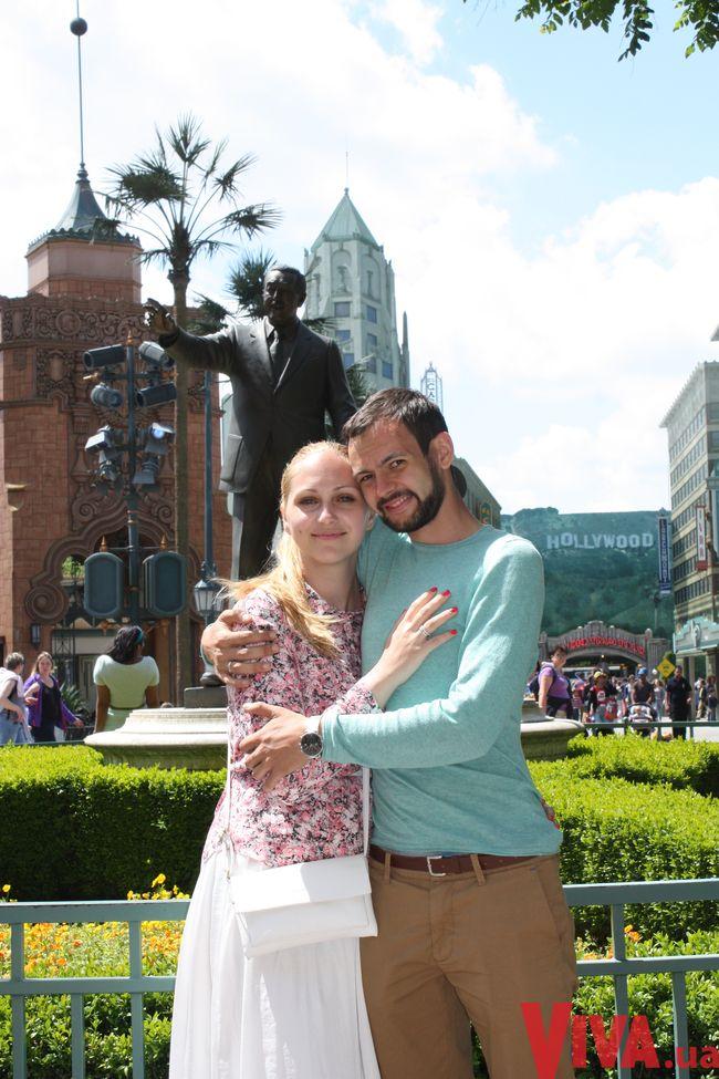 Юлия Бортник - ведущая шоу Давай поговорим о сексе - с мужем и детьми