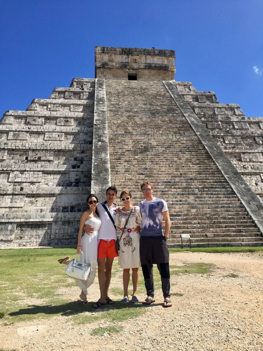 Супруги Екатерина Кухар и Александр Стоянов вернулись из Мексики