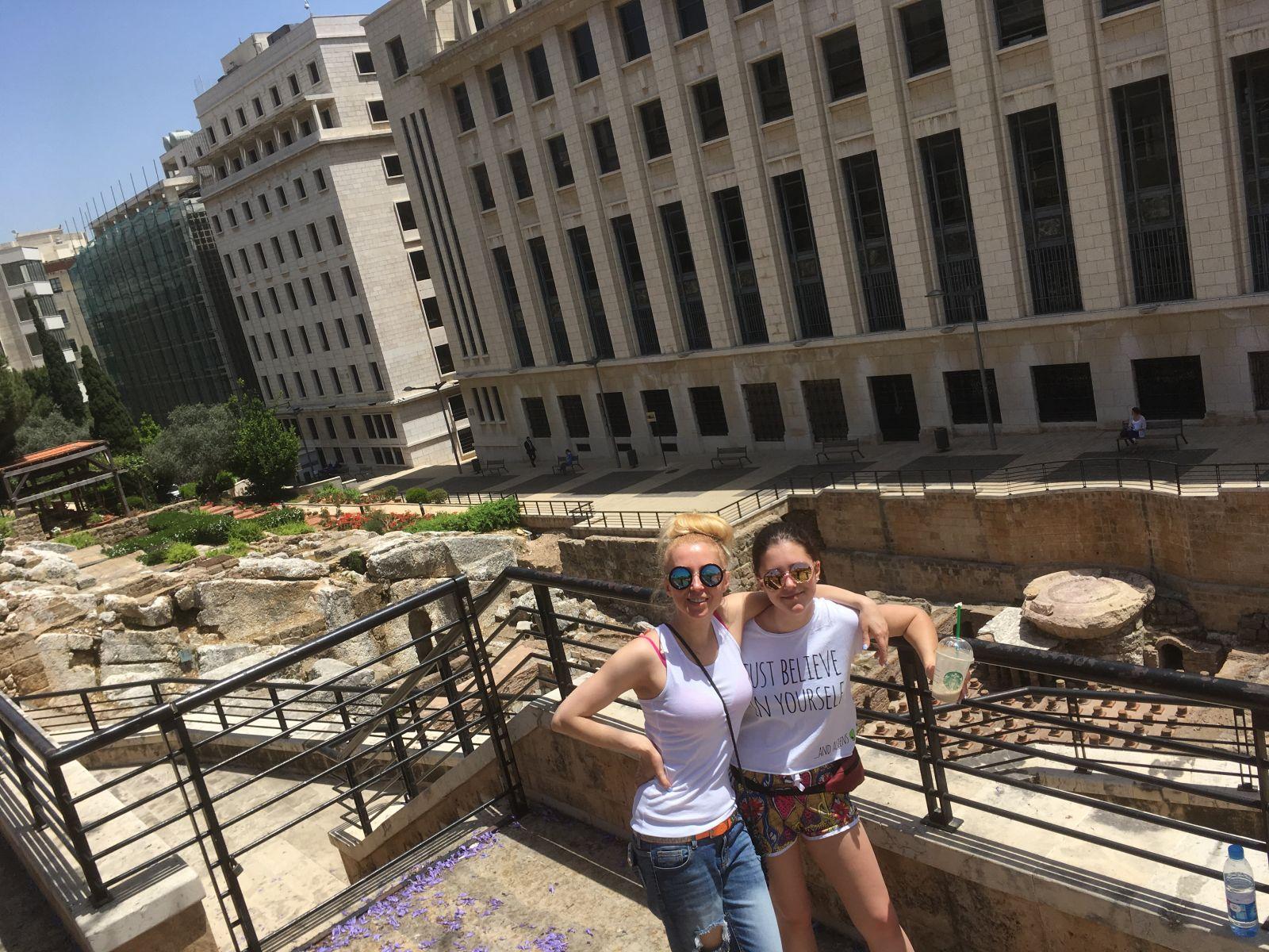 Экзотический отпуск: Тоня Матвиенко и Арсен Мирзоян отдохнули в Ливане