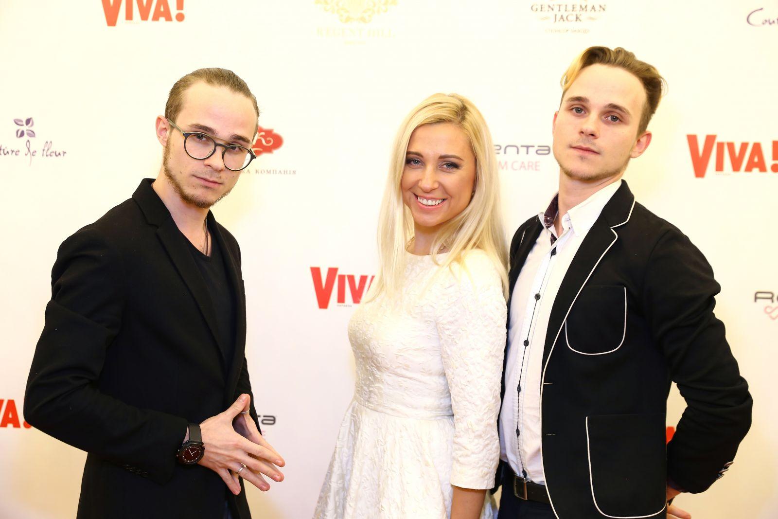 Нежнее нежного: Тоня Матвиенко блистает на красной дорожке в белом платье
