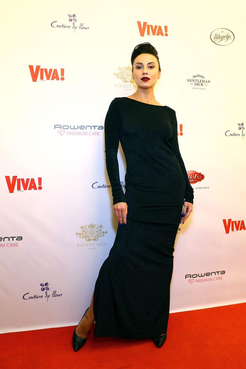 Total black: звезды, которые выбрали черные наряды для Viva! Бала