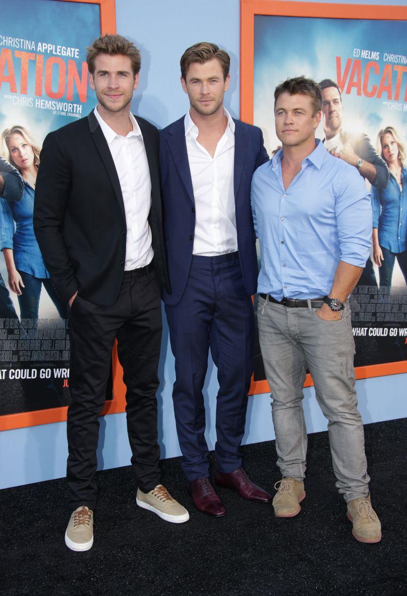 """Звезда """"Мстителей"""" Крис Хемсворт мог лишиться звездоносной роли из-за своего брата"""