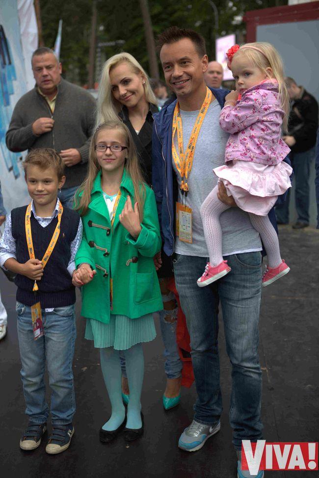 Дискотека Авария Алескей Серой жена дети семья фото