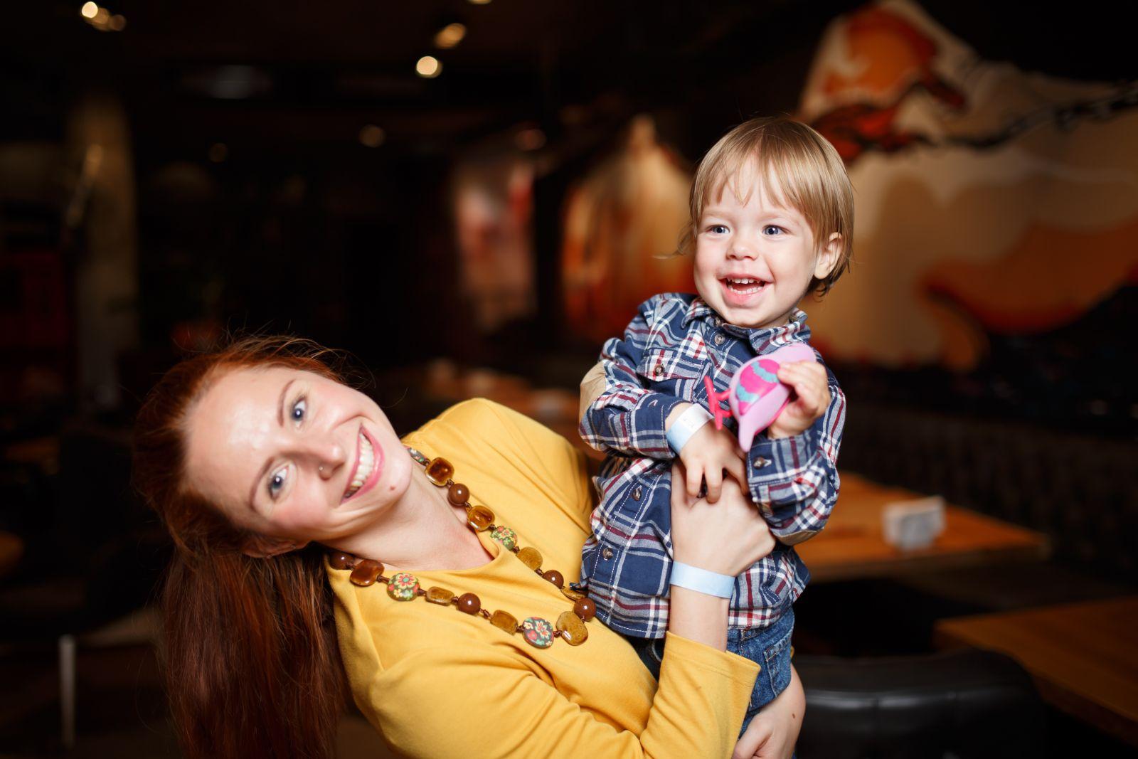Анастасия Черненко из компании Danone Ukraine с сыном Иваном