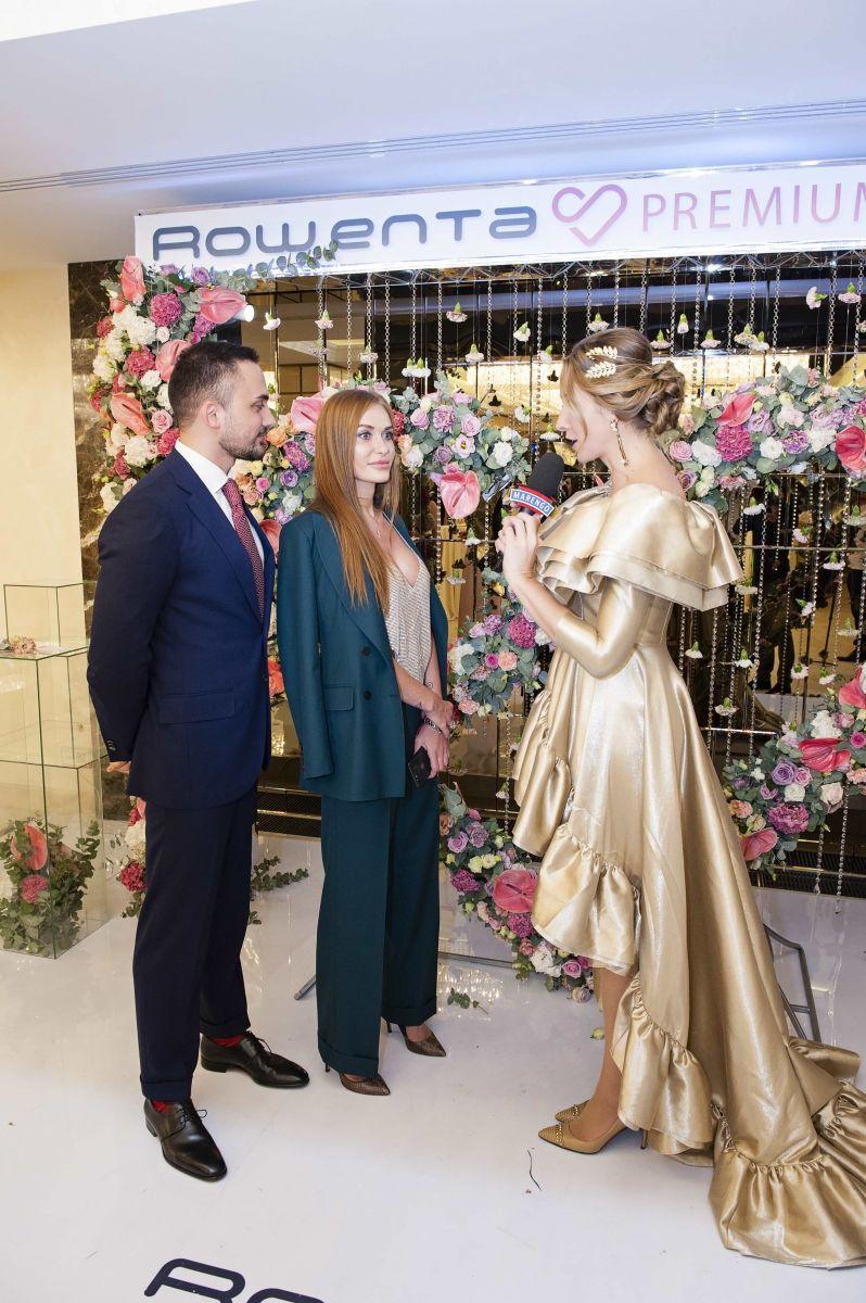 Девушка в золоте: Катя Осадчая восхитила платьем с шлейфом на Viva! Бал