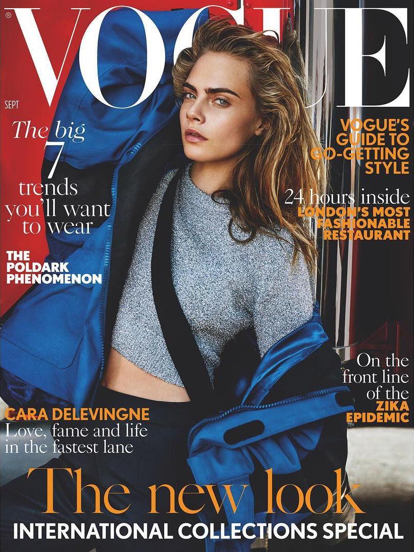 Кара Делевинь блистает на обложке британского Vogue