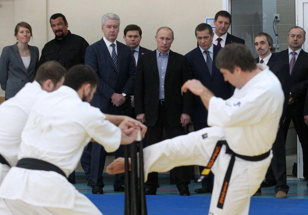 Владимир Путин и Стивен Сигал в Москве. Март 2013