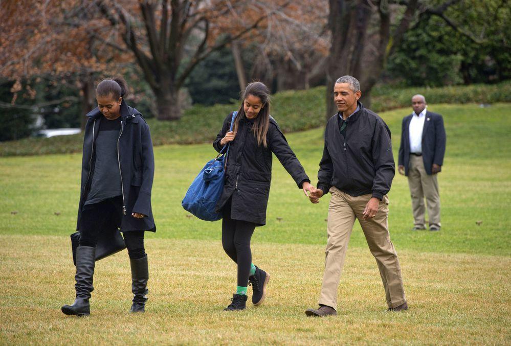Малия и Мишель Обама