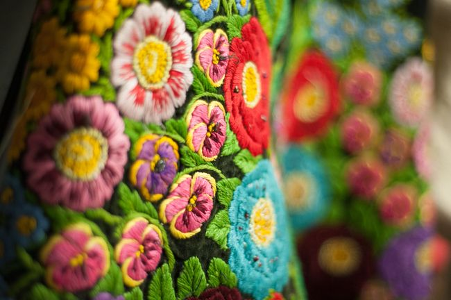 15 известных украинок примеряли народные костюмы в фотопроекте «Щирі»
