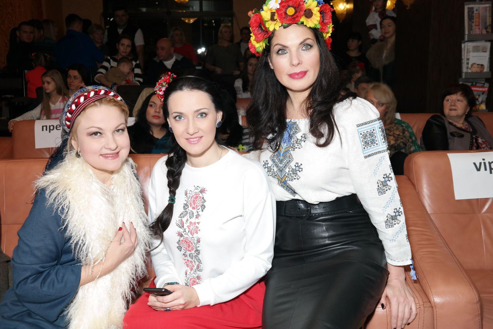 Мария Бурмака, Соломия Витвицкая и Влада Литовченко