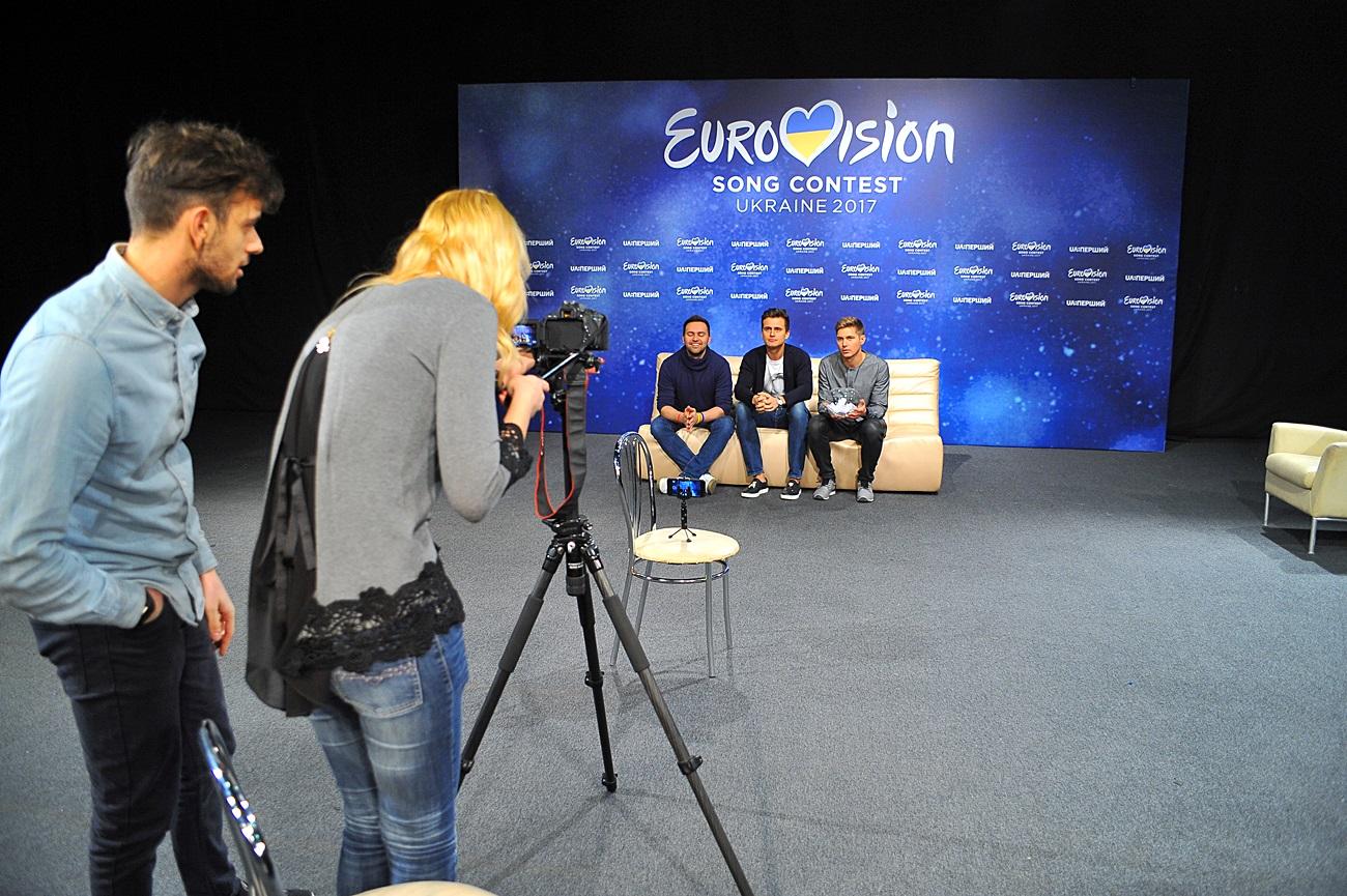 """Ведущий Евровидения-2017 Тимур Мирошниченко о предстоящем конкурсе: """"Я так не волновался, даже когда прыгал с парашютом"""""""