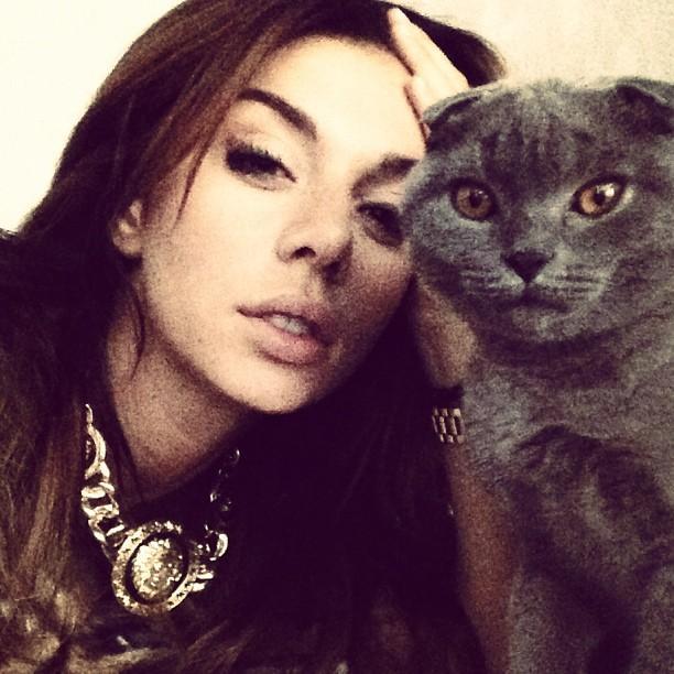 Анна Седокова и ее новый любимый кот Риччи 2013