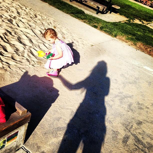 Анна Седокова с дочерью Моникой в Калифорнии