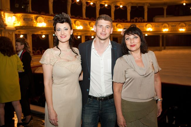 Соломия Витвицкая с мужем и мамой