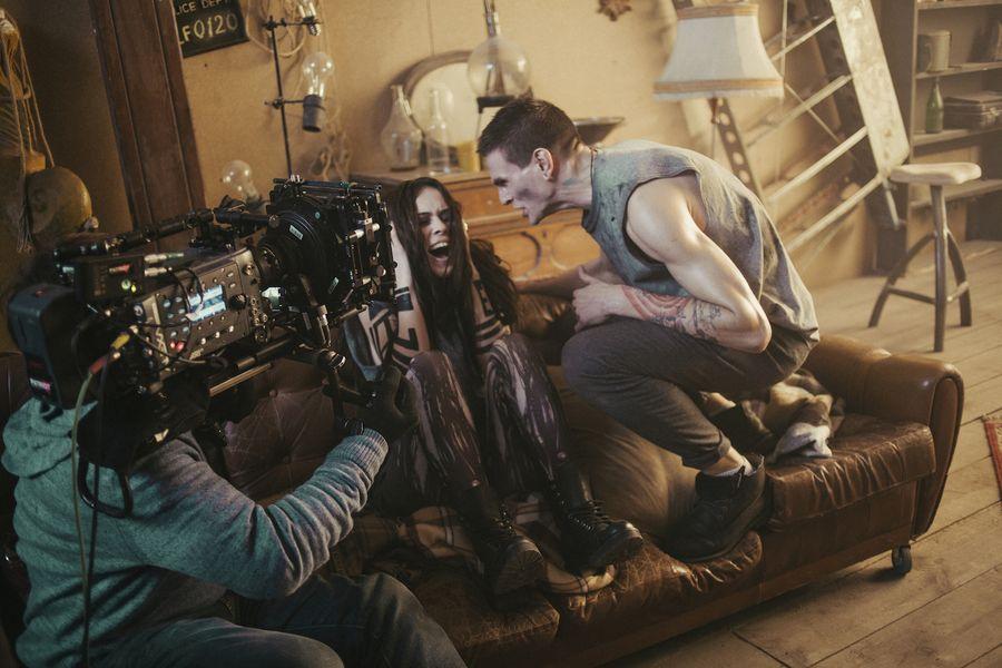 The Hardkiss показали в новом видео семейную драму