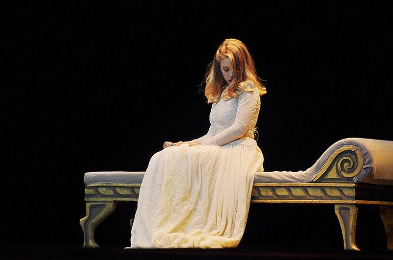 Тина Кароль после смерти мужа концерт в Киеве 2014 фото