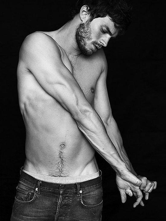 сексуальные фото Джейми Дорнана