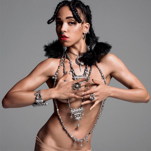 Талия Барнетт разделась для V Magazine