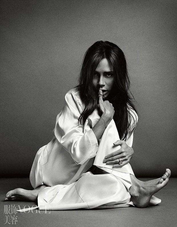 Неподражаемая Виктория Бекхэм снялась для китайского Vogue