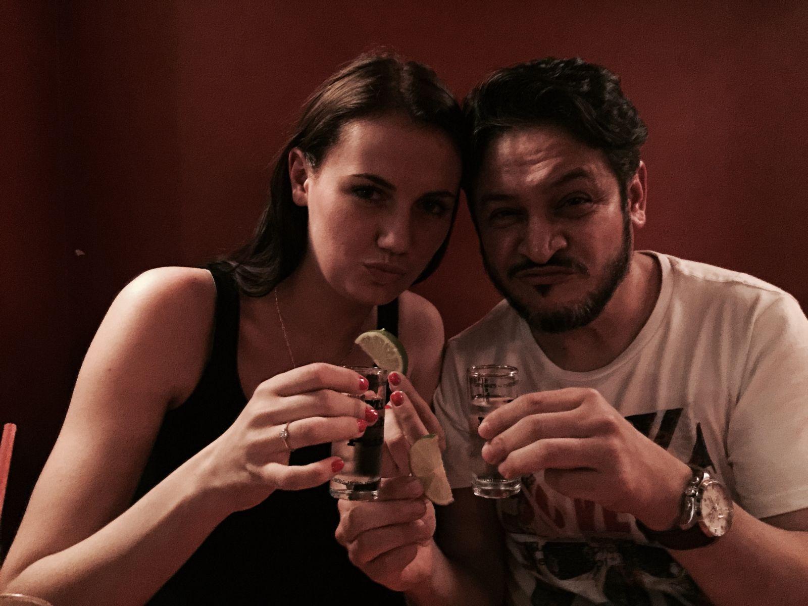 Эктор Хименес-Браво и его девушка Аня