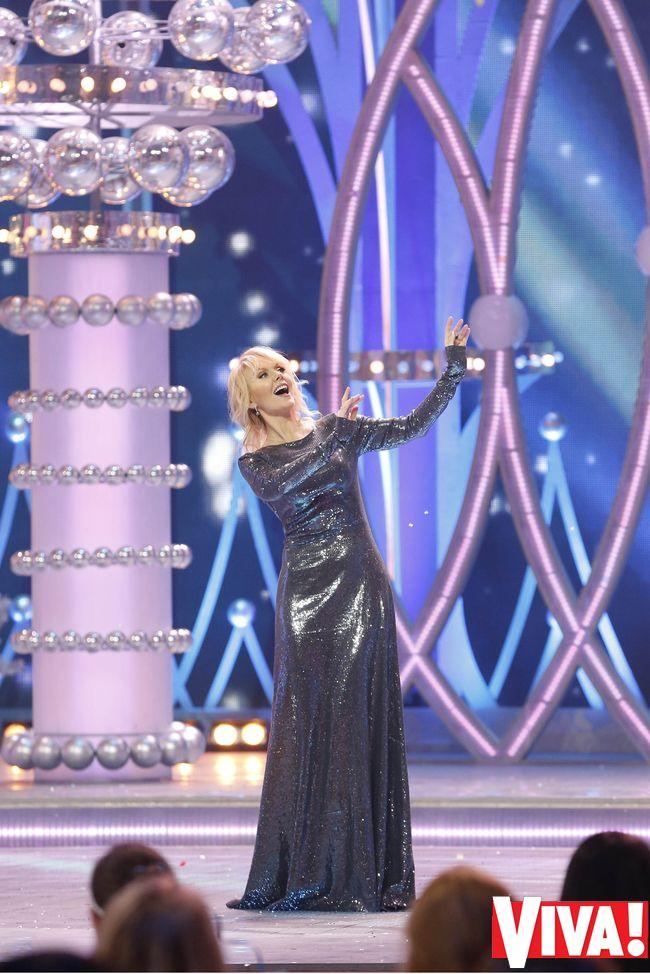 певица Валерия платье фото 2014