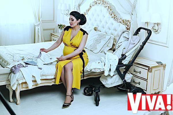 Беременная Ангелина Завальская снялась в семейной фотоссессии накануне родов