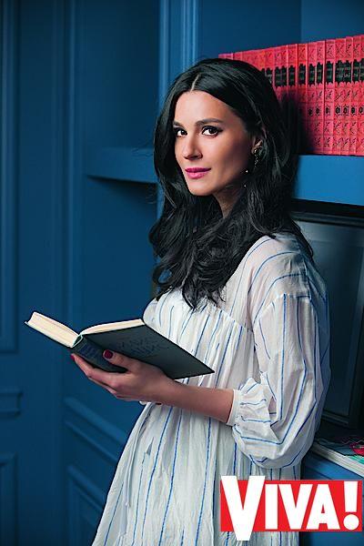 Маша Ефросинина в фотосессии для журнала Viva!