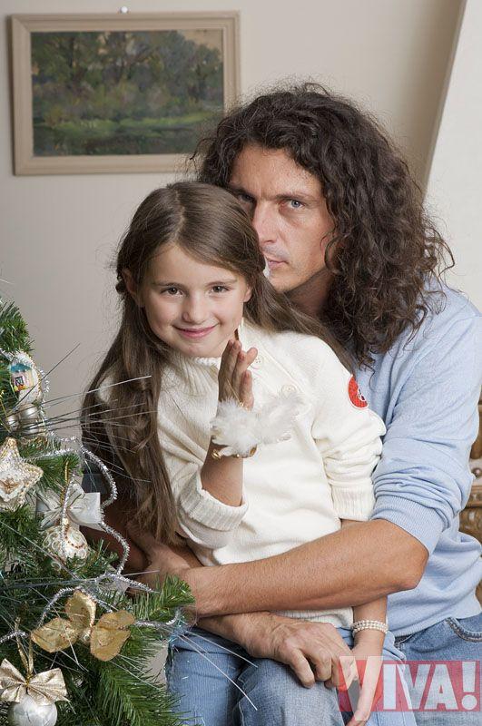 Кузьма Скрябин с дочерью Барбарой: эксклюзивная семейная фотосессия дя Viva!