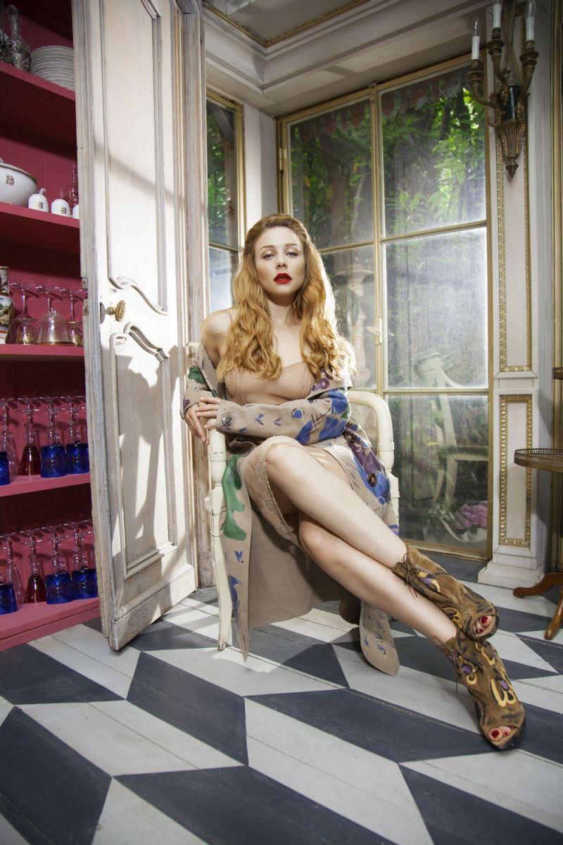 Тина Кароль в фотосессии для юбилейного номера журнала Viva!