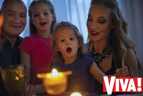 Евгений Кошевой с женой и дочками