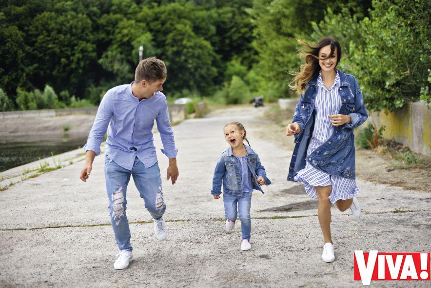 Владимир Остапчук знакомит с женой и дочерью