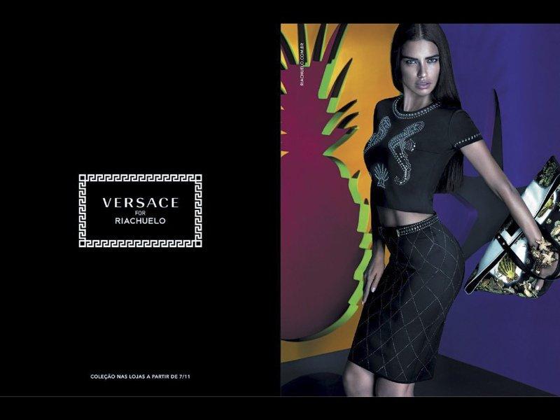 Адриана Лима в рекламе Versace