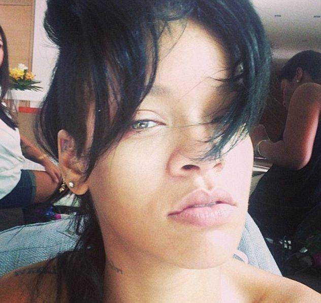 Rihanna без макияжа
