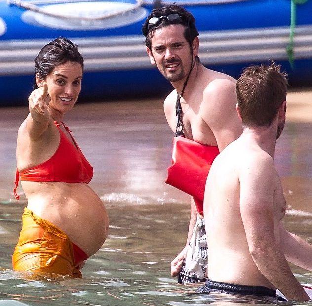 Пенелопа Крус шокировала беременным животом