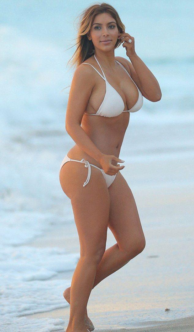 Ким Кардашьян фото