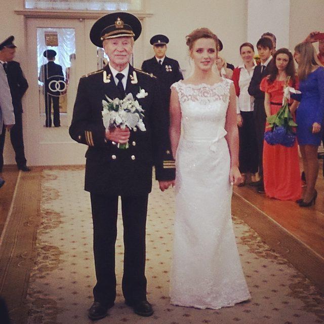 Молодая жена 85-летнего Ивана Краско беременна?
