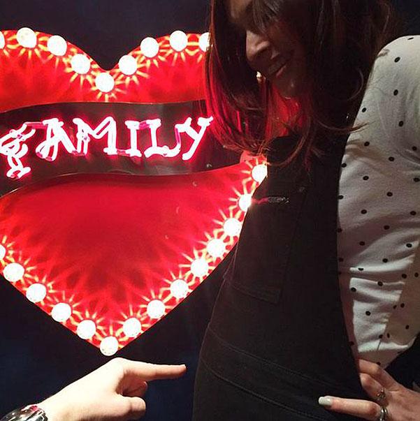 Фотофакт: Софи Эллис-Бекстор собирается стать мамой в четвертый раз