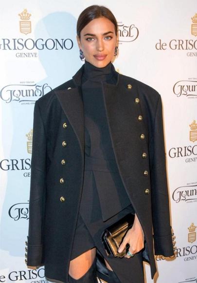 Неподражаемая Ирина Шейк блистает в стильном наряде Alexandre Vauthier