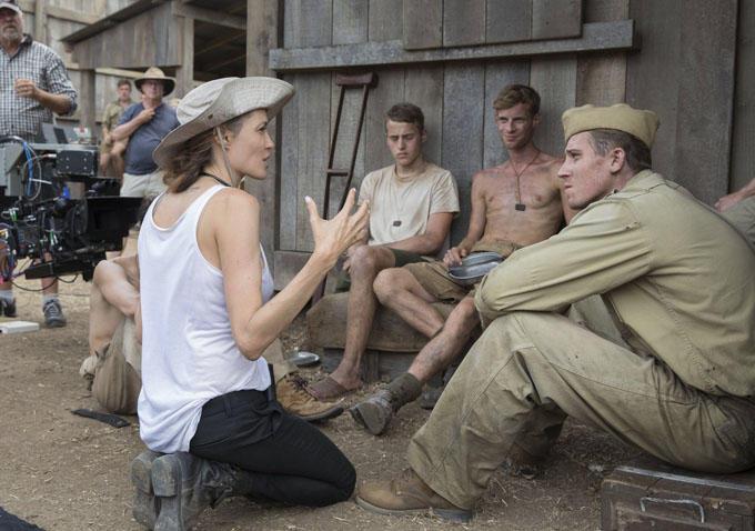 На съемках новой режиссерской работы Анджелина Джоли не успевала поесть