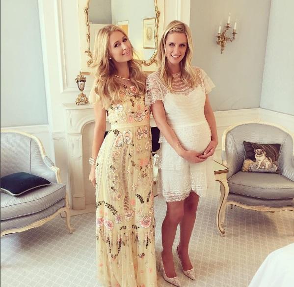 Пэрис Хилтон устроила еще одну вечеринку для беременной сестры Ники
