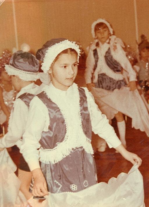 Маша Ефросинина в детстве фото